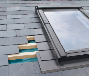 Flashing for slate roofs