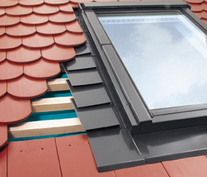 Flashing for plain roof tiles