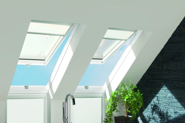 FAKRO FPW-V P2 12 White Paint Laminated Top Hung Roof Window 134x98cm