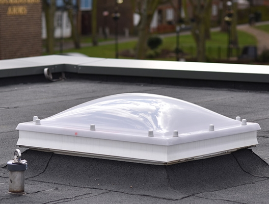 Fixed Dome Triple Skin with Vents & 30cm ECO Splayed Kerb 60x60cm