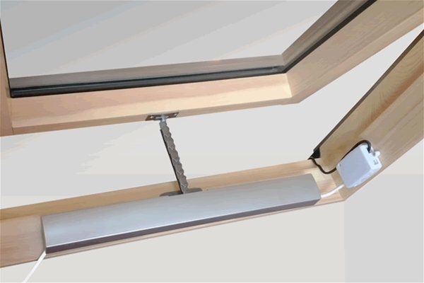 how to manually open electric velux