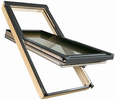 FAKRO FTT U8 03 Thermo Pine Quadruple Glazed High Pivot Roof Window 66x98cm