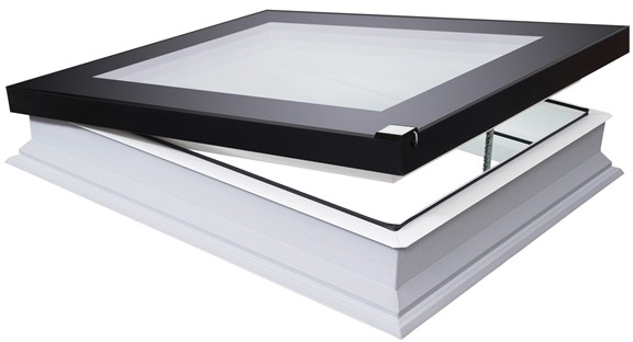 FAKRO DEF-D U8 Z-Wave 100100 Electric White PVC Quadruple Glazed Flat Roof Window 100x100cm