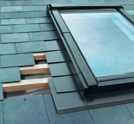 FAKRO ESA 05 Low Pitch Slate Flashing 78x98cm
