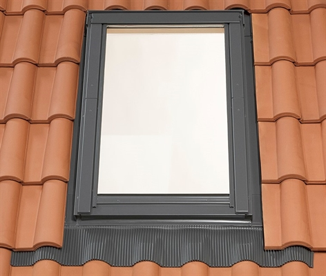 RoofLITE UFX F6A Deep Tile Flashing 66x118cm