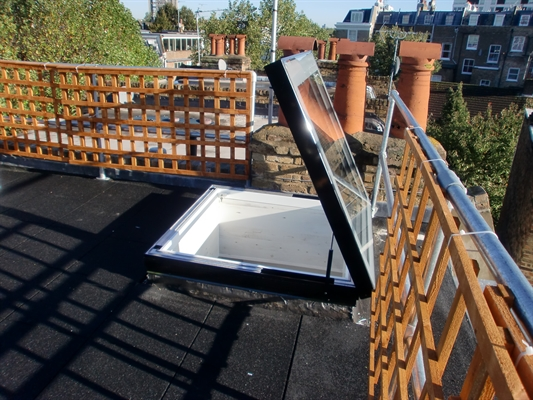 Signature Manual Access Flat Glass Rooflight
