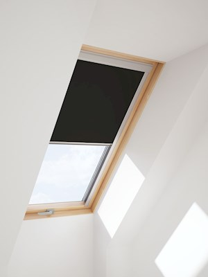 RoofLITE Multi-Fit DUR M6A 4249 Blackout Blind - Black