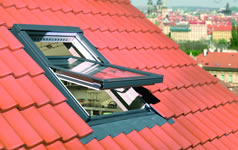 centre pivot roof windows