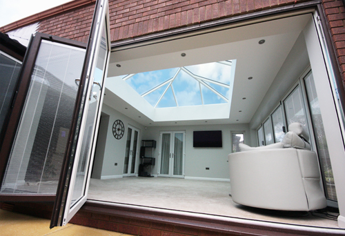 korniche roof lantern with bifold doors