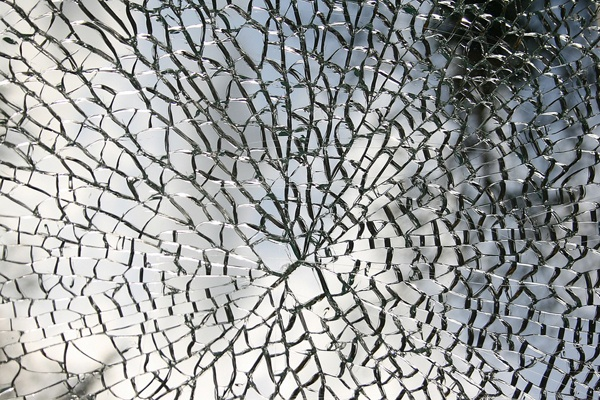 laminated glass shattered