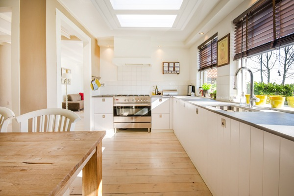 eco+ flat glass rooflights in kitchen
