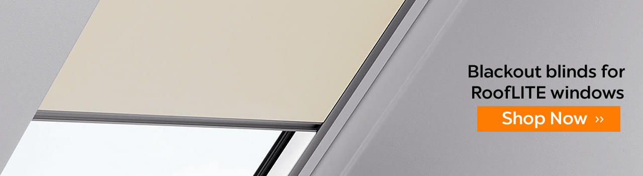 Blackout skylight blinds