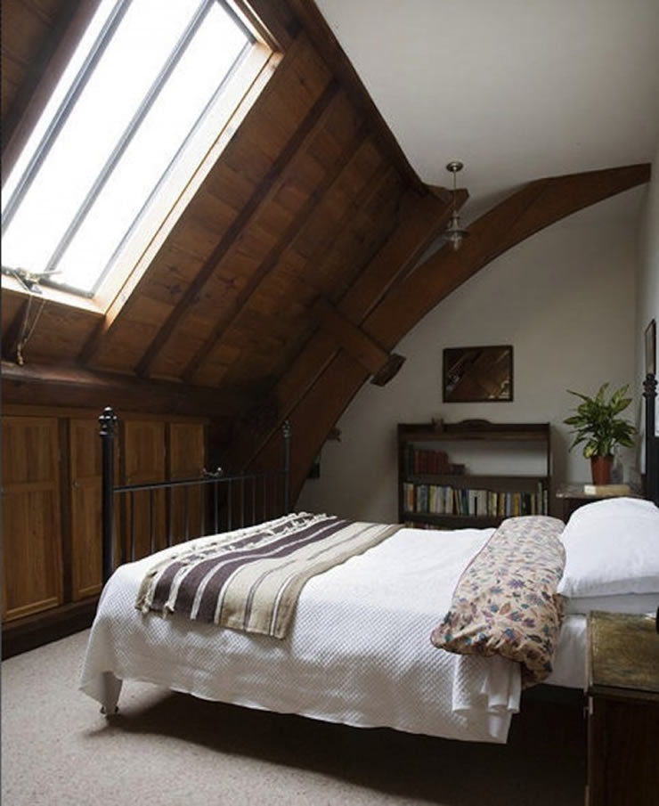 Guest bedroom with conservation roof windows